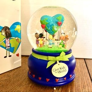Give the Kids the World Musical Snow Globe
